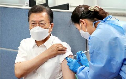 台湾对AZ疫苗寄予厚望 范琪斐:有总比没有好